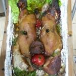 Запечённая свиная голова в печи